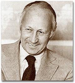 Il giornalista e scrittore Norman Cousins